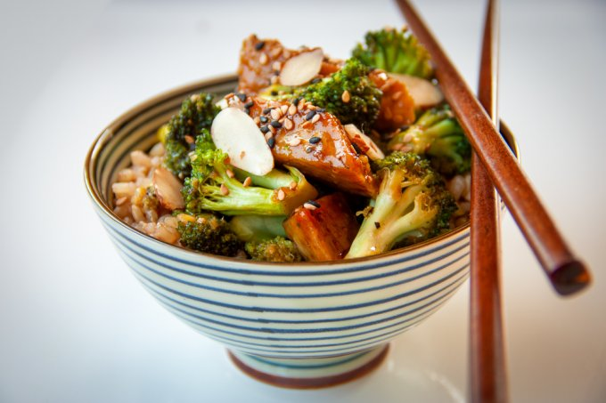 This is a Mongolian Tempeh and Broccoli Stir-fry